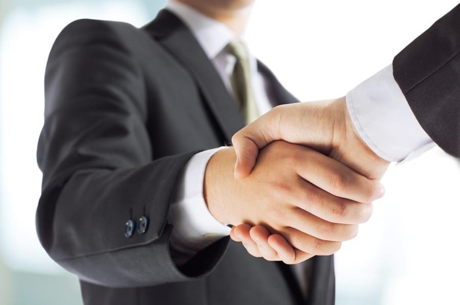 Clients et partenaires - shutterstock_381129667 - V2