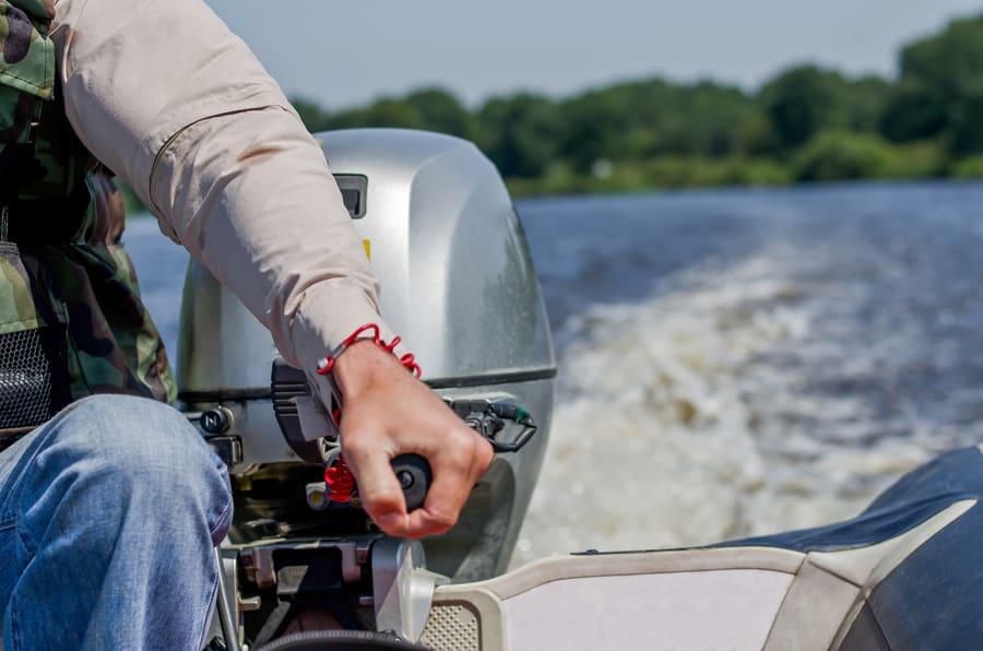L'entretien du moteur est essentiel pour assurer son bon fonctionnement. Crédit photo : Rogkov Oleg, Shutterstock.