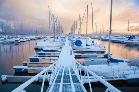 l-hiver-en-a-surpris-plus-d-un-a-cette-marina-olga-miltsova-shutterstock_267166751