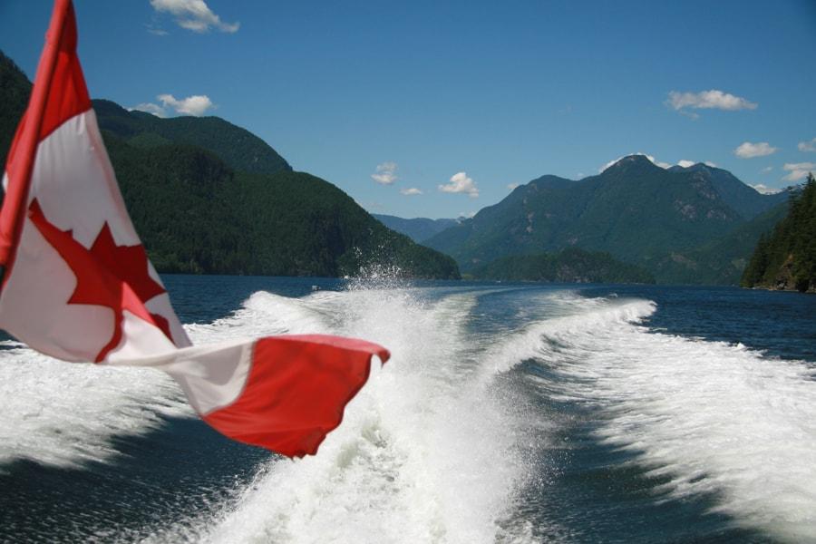 photo-1-vue-spectaculaire-sur-le-bras-de-mer-indian-a-quelques-minutes-de-vancouver