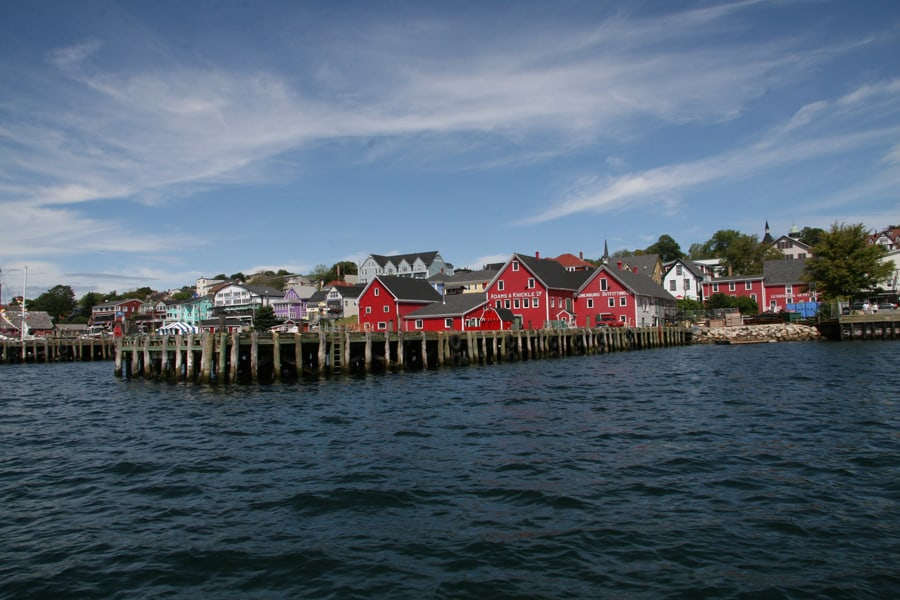 photo-5-l-arrivee-a-la-petite-ville-de-lunenburg