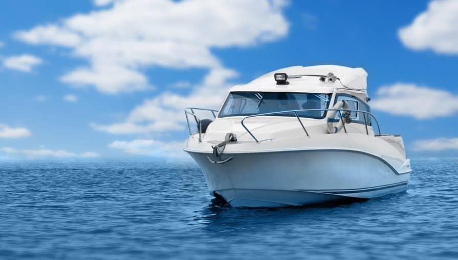 partir-en-bateau-ca-se-planifie-nata-lia-shutterstock_169254713