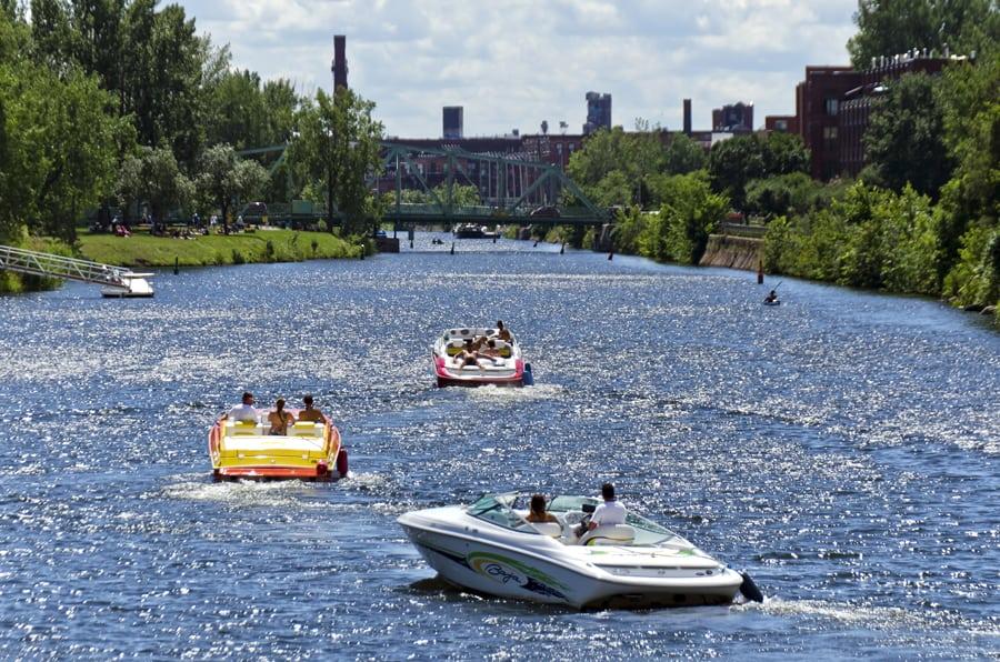 Naviguez sur des voies d'eau qui ont joué un rôle fondamental dans l'histoire du Canada! Crédit photo : Parcs Canada.
