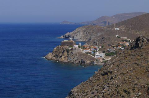 Photo 1 - Psara au beau milieu de la mer Egee escale obligee en route pour les Sporades