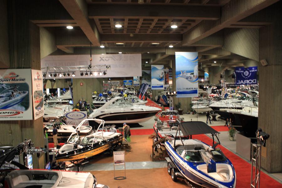 Hausse des ventes au salon du bateau et des sports for Salon bateau